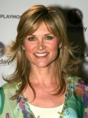 Anthea Turner may have to demolish �500,000 tennis court