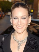 Sarah Jessica Parker orders red loo roll from Scottish company