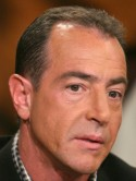 Michael Lohan brings cops to Lindsay's house