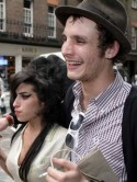 Amy Winehouse says Blake Fielder-Civil will be out of jail in 2 weeks