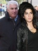 Amy Winehouse's dad lands radio show