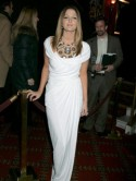 Drew Barrymore wows in white