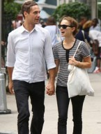 Photos - Hollywood couples go shopping