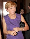 SEE PICS Anne Robinson shows off hairy armpits