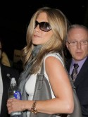 Jennifer Aniston has dinner with Gerard Butler
