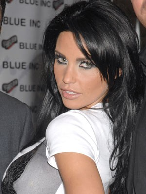Jordan (Katie Price) | Jordan Oxford Street, November 2008 | Now Magazine | Celebrity Gossip
