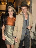Amy Winehouse suing Blakes mum
