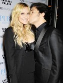 CONFIRMED: Ashlee Simpson files for divorce from Pete Wentz