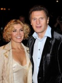 Natasha Richardson's family gathers for vigil