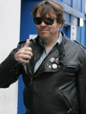 BREAKING NEWS Jonathan Ross to leave the BBC