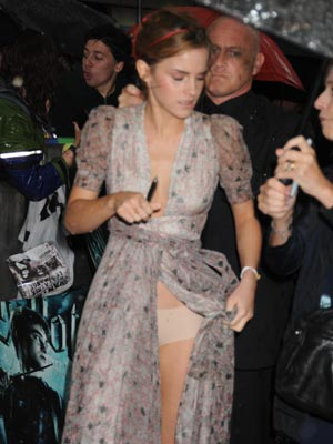 Emma Watson | Celebrity wardrobe malfunctions | Pictures | Now