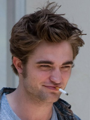 Robert Pattinson  on Robert Pattinson   Celebrity Smokers   Pictures   Now Magazine