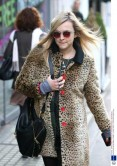 Fearne Cotton's retro shades