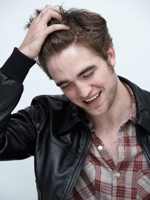 Robert Pattinson  on Robert Pattinson En Espa  Ol  El Ascenso De Rob Por Now Magazine Uk