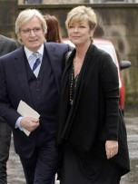 Bill Roache and Anne Kirkbride | Stars attend memorial service for Maggie Jones | Pictures | Celebrity Gossip | Now Magazine