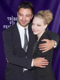 PIC Amanda Seyfried reunites with Dominic Cooper