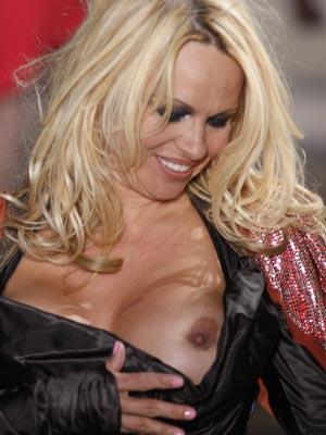 11140%7C000012738%7C29ca Pamela Anderson 31 No 14: Pamela Anderson's sex tape