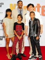 The Smith family and Jackie Chan | Celebrity | New | Now | Celebrity spy | Celebrity Gossip | Pictures | Photos | Gallery