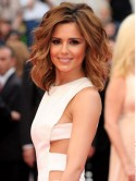 Cheryl Cole flies to LA in sexy thong sandals