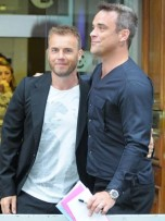 Gary Barlow and Robbie Williams | Celebrity Gossip | Pictures | Photos | Gallery