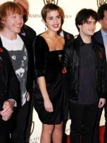 Harry Potter stars Emma Watson, Daniel Radcliffe and Rupert Grint party at Claridge's | Pictures | Photos | New Pics | Celebrity Gossip | Now Magazine | Teen News | Gallery