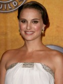 Natalie Portman is White Swan at the SAG Awards