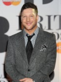 VIDEO Matt Cardle gets soppy about a redhead to promote single Run For Your Life