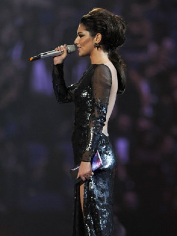 Cheryl Cole Tatto on Cheryl Cole S Sexy Black Backless Dress Shows Off New Tattoo At The