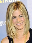 Get Jennifer Aniston�s sexy bobbed blonde hair now!