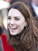 Kate Middleton inspires royal fans to buy sapphire engagement rings 