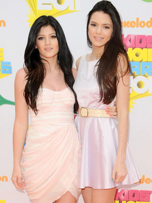 Kiley  Kendall Jenner on Kylie Jenner And Kendall Jenner   Nickelodeon Kids  Choice Awards 2011