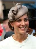 Kate Middleton's Derby Day up-do is a hit