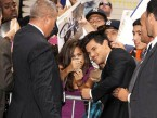 Twilight star Taylor Lautner chats to fans in New York