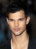 Taylor Lautner: I wanted to keep my shorts and motorcycle from Twilight