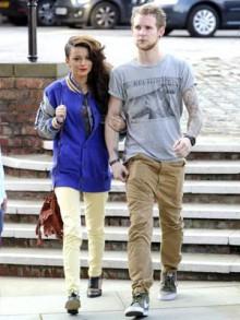 Noticias ⇨ Cher Lloyd 11140 00001a4cd d66f_orh294w220_Cher-Lloyd-and-Craig-Monk1
