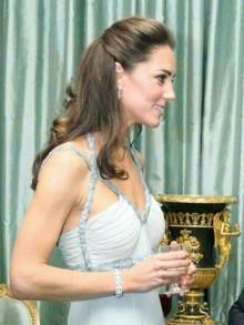 Kate Middleton   demi chignon