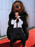 Josh Duhamel | Celebrity Spy 29 - 31 October 2011 | Pictures | Photos | New | Celebrity News