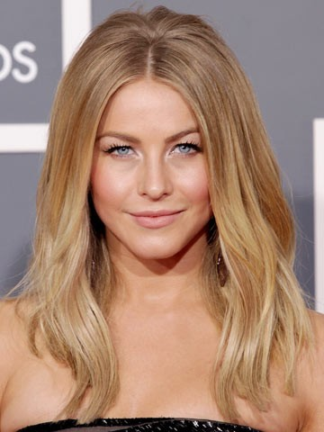 Julianne Hough Celebrity Hair At The Grammys 2012