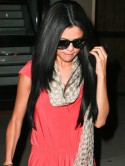 Selena Gomez keeps her new hair looking hot with visit to LA salon