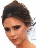 Victoria Beckham Tweets her new hairdo from Beijing