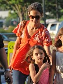 Katie Holmes takes her mind off Tom Cruise divorce on day out with daughter Suri