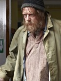 SHOCK TRAMP PICTURES! Ian Beale sleeps rough in EastEnders after suffering a breakdown