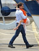 Tom Cruise rubbishes report he's 'abandoned' daughter Suri by taking her on helicopter trip in New York