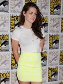 Robert Pattinson love cheat Kristen Stewart admits: I'm clumsy in public and don't know how to conduct myself