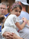 Tom Cruise and Katie Holmes' daughter Suri Cruise to launch fashion line?!