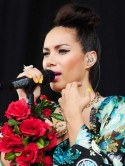 Leona Lewis's festival make-up
