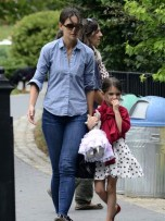 Katie Holmes and Suri Cruise | New York | Pictures | Photos | new | Celebrity News