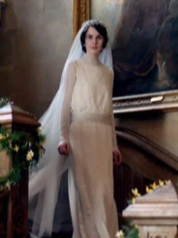 Downton abbey 39 s michelle dockery i felt like kate for Pc mary s wedding dress