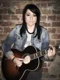 X Factor's Lucy Spraggan to release spring debut album
