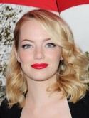 How Emma Stone keeps her hair shiny